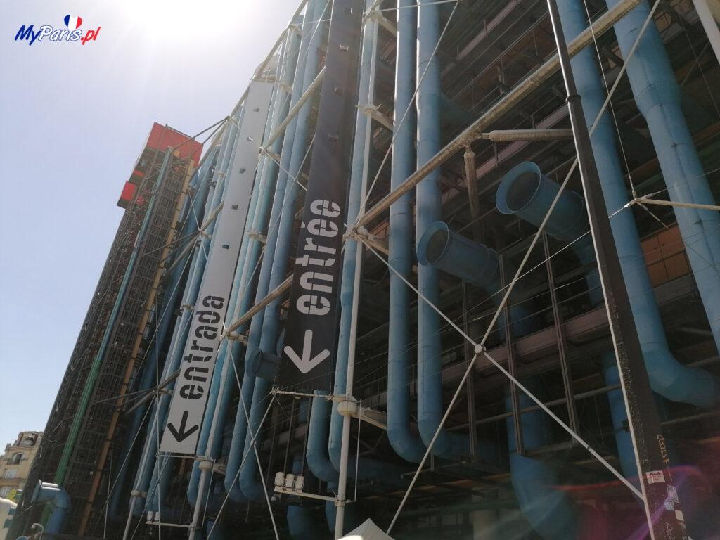 Budynek Centrum Pompidou z zewnątrz